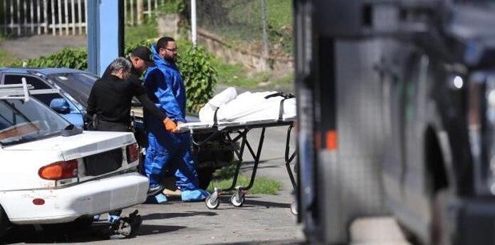 En la escena se ocuparon casquillos de pistolas de calibre 9 milímetros y .40, entre otra evidencia que no fue detallada en esta etapa de la pesquisa. (teresa.canino@gfrmedia.com)