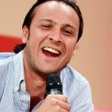 Citan para mayo a comediante detenido por manejar bajo efectos del alcohol