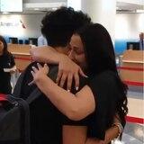 Conmovedora despedida de Dayanara Torres y su hijo Cristian en aeropuerto