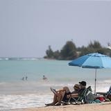 Playas tranquilas y comercios ajustándose a la baja de ocupación al 30%