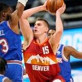 Nikola Jokic tiene otra gran noche en la victoria de los Nuggets sobre los Knicks