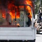 Policía y manifestantes se enfrentan durante funerales en Haití