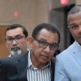 Continúa la pugna entre Tito Trinidad y Banco Popular