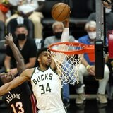 Bucks de Milwaukee completan la barrida del Heat de Miami