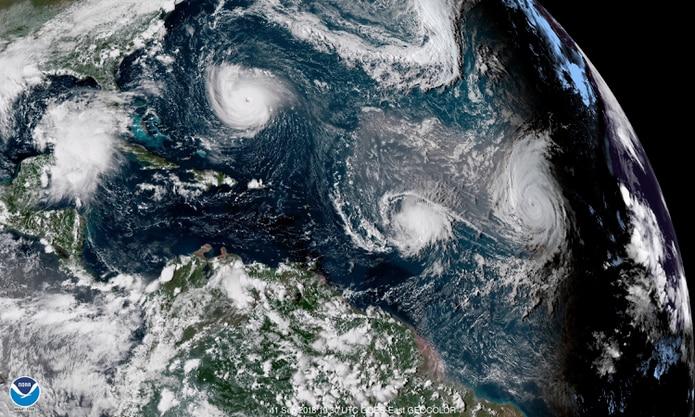 Imagen de satélite del 11 de septiembre de 2018 de la tormenta tropical Florence, la tormenta Isaac y el huracán Helene.