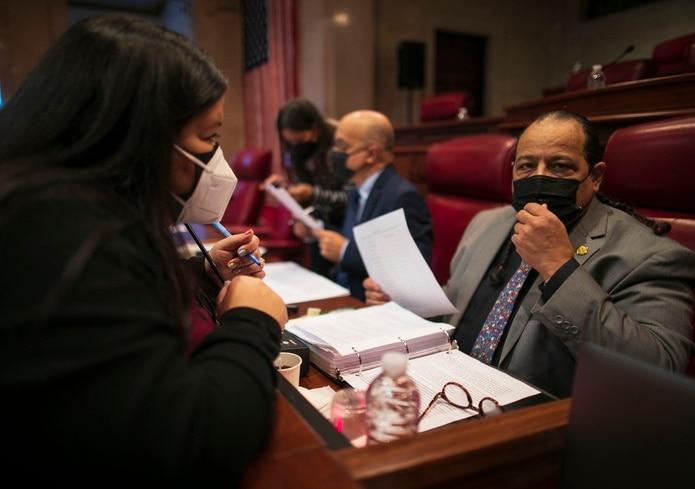 Senador José Vargas Vidot, senador independiente, en las vistas sobre la prohibición de las terapias de conversión.