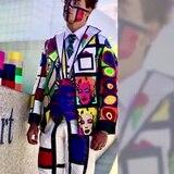 """Trajes hechos con """"tape"""" se vuelven virales"""