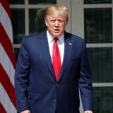 Trump pide revelar la identidad del denunciante que originó la pesquisa en su contra