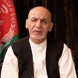 "Resurge el expresidente de Afganistán: evita ""baño de sangre"""