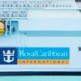Pasajeros de barco de Royal Caribbean dan positivo a COVID-19