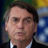 Bolsonaro insiste contra el confinamiento y en favor de remedios dudosos