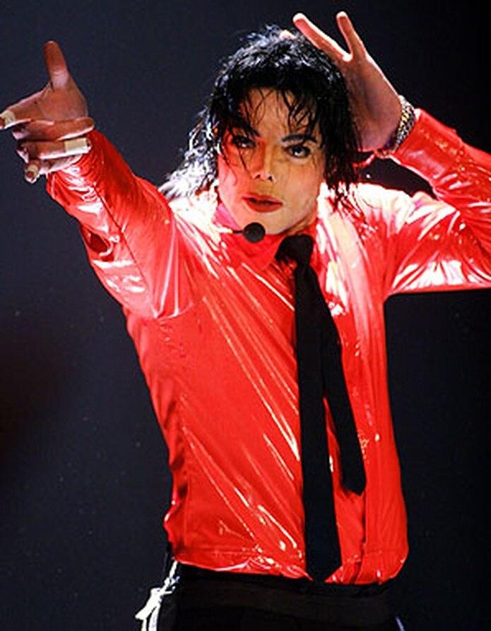 """El tema escogido como primer sencillo de promoción fue el corte """"Smooth Criminal"""", el cual estrenó el pasado 13 de enero en VEVO. (Archivo)"""