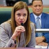 Comisionada del Negociado de Sistemas de Emergencia 9-1-1 decide no renunciar