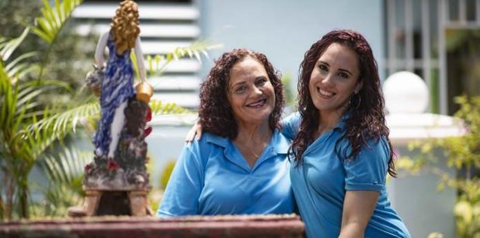 Jeantette y Coralis lograron retomar su relación de madre e hija gracias a La Providencia.  (tonito.zayas@gfrmedia.com)