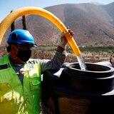 Chilenos esperan añadir el derecho al agua, la educación y la salud en nueva constitución