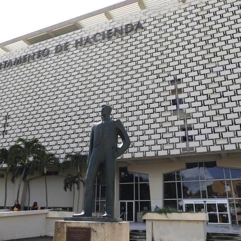 Denuncian grietas en el edificio de Hacienda en San Juan