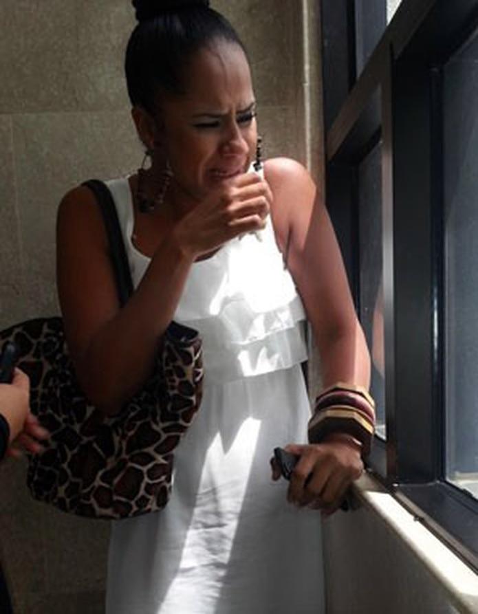 Cindy Ruiz, novia de Brenda, estalló en llanto tras conocer la sentencia. (daileen.rodríguez@gfrmedia.com)