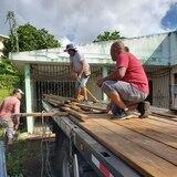 Piden donación de madera para los del sur
