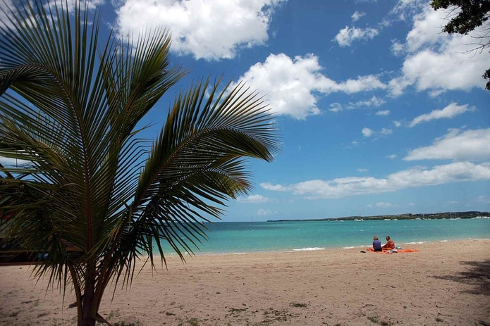 El ataque se registró a plena luz del día en el balneario de Boquerón en Cabo Rojo. (Archivo / GFR Media)
