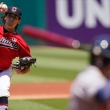 Astros aprovechan error de los Indians en la décima entrada para derrotarles y barrer la serie