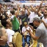 Aguada celebra triunfo de los Santeros