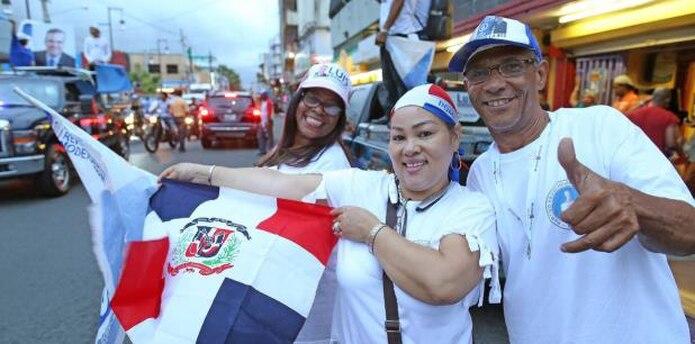 """El primer ejecutivo concluyó al decir que """"continuaremos asumiendo nuestra responsabilidad de brindar servicios a la comunidad dominicana y al resto de las comunidades que nos visitan y enriquecen."""". (Archivo)"""