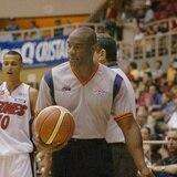 Árbitro de la BSN y la NBA Tony Brown recibe diagnóstico de cáncer del páncrea