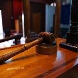 Acusan mujer por presunta agresión a su pareja en Coamo