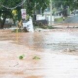 Sigue inundada la carretera PR-114 en el área oeste