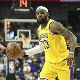 A los Lakers y Nets los dejaron jugar en China, pero sin hablar