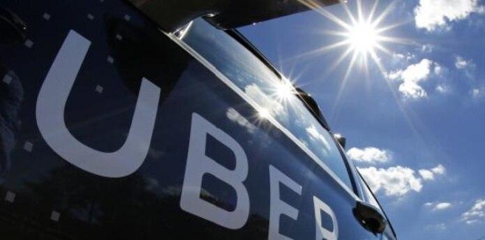 Se estima que solo la compañía Uber tiene alrededor de 4,000 conductores registrados en la isla.