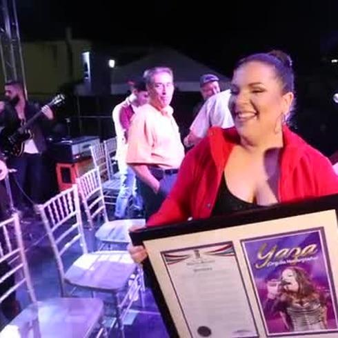Gran fiesta en Naranjito para recibir a Yazaira López