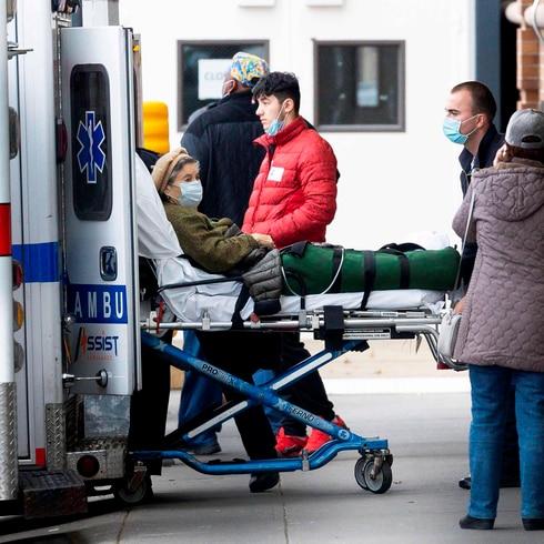 Organización Mundial de la Salud advierte sobre aumento de casos de COVID-19 tras semanas en descenso