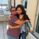 Madre e hija se reencuentran gracias a redes sociales tras 14 años de un secuestro