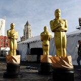 Premios Oscar cambian reglas por el coronavirus