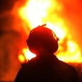 Hallan cuerpo dentro de auto incendiado en Trujillo Alto