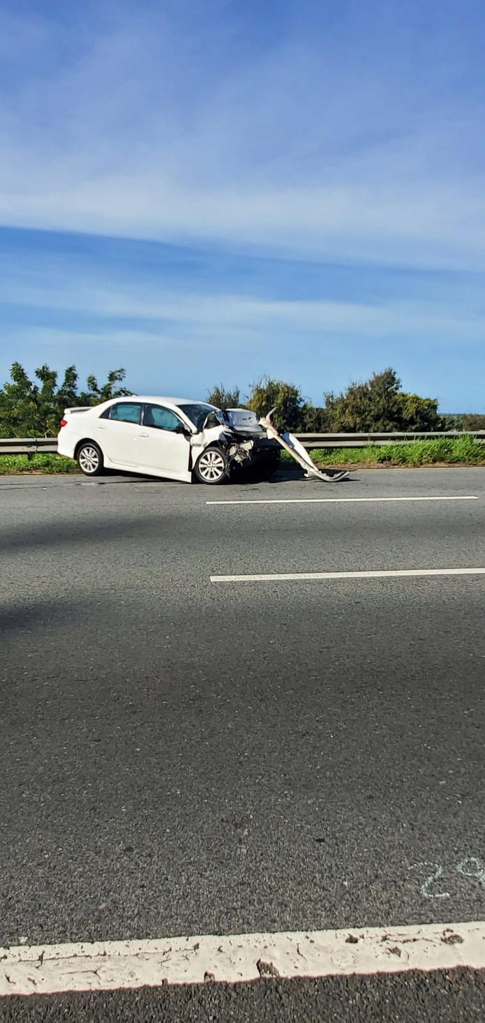 La conductora del carro fue transportada al Centro Médico en Río Piedras en condición de cuidado.