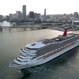 Carnival reactivará cruceros en agosto