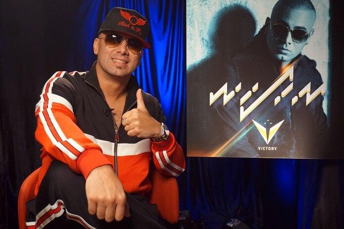 Wisin está centrado ahora en su propia discográfica, La Base Music Group, que le permite poder grabar disco por su propia cuenta y promocionar a nuevos talentos locales.