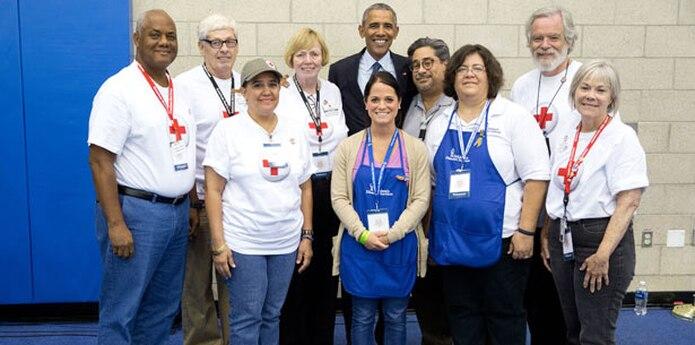 Durante su tiempo de destaque, Luz Pazos, con gorra, conoció al entonces presidente de EE.UU., Barack Obama. (Suministrada)