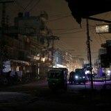 Pakistán se queda a oscuras tras enorme apagón