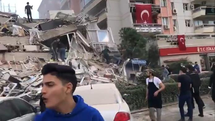Terremoto de 7,0 remece a Grecia y Turquía