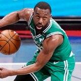 Los Celtics envían a Kemba Walker a Oklahoma City a cambio de Al Horford