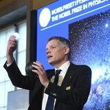 Tres mentes brillantes ganan el Nobel de Física