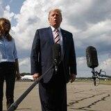 """Trump culpa a la prensa por la """"ira y furia"""" tras matanzas en Ohio y Texas"""