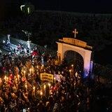 """""""Viva nos queremos, las tumbas son para el patriarcado"""""""