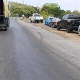 Derraman aceite en carretera de Lajas y se van a la fuga
