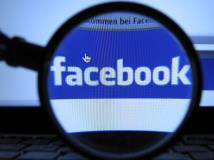 Pocos jueces han denegado a los abogados permiso para que escudriñen sitios en las redes sociales, por considerarlo una práctica muy infractora de la privacidad. (Archivo)