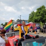 Denise Quiñones se pasea como la reina de Orgullo Boquerón 2021