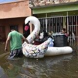 Fuerte azote de la tormenta tropical Gamma en el sureste de México
